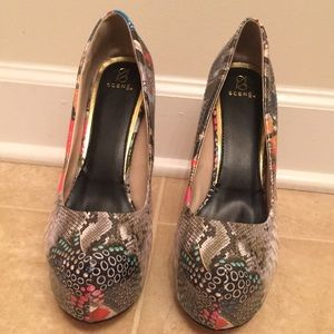 Eccentric High Heels With Flag/Lips/Snake Print 10